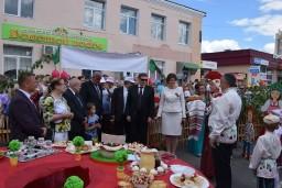 Председатель Комитета госконтроля Леонид Анфимов посетил «Вишневый фестиваль», проводящийся в г.Глубокое