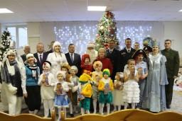 Василий Герасимов поздравил с новогодними и рождественскими праздниками воспитанников детского дома №3 г. Минска