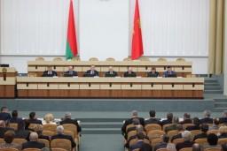 Леонид Анфимов принял участие в заседании Гродненского облисполкома и провел прямую телефонную линию