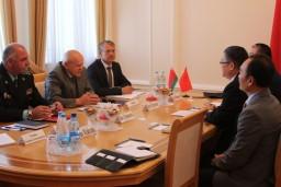 Леонид Анфимов и Посол Китая в Беларуси Цуй Цимин обсудили вопросы сотрудничества контрольных органов двух стран