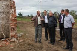 Леонид Анфимов проинспектировал ход выполнения работ по ликвидации последствий урагана в Шарковщинском районе