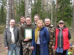 в рамках республиканской акции «Неделя леса» 23 работника Комитета государственного контроля Витебской области и ветераны приняли участие в посадке лесных культур на площади более 1 га на территории ГЛХУ «Бешенковичский лесхоз»
