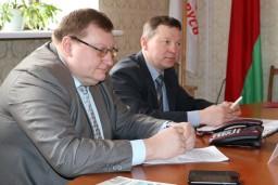Председатель Комитета госконтроля Могилевской области Олег Садовский провел «прямую телефонную линию» и прием граждан с жителями Дрибинского района