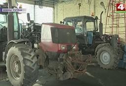 Неэффективное использование сельскохозяйственной техники (телеканал «Беларусь-4», программа «Новости региона»).
